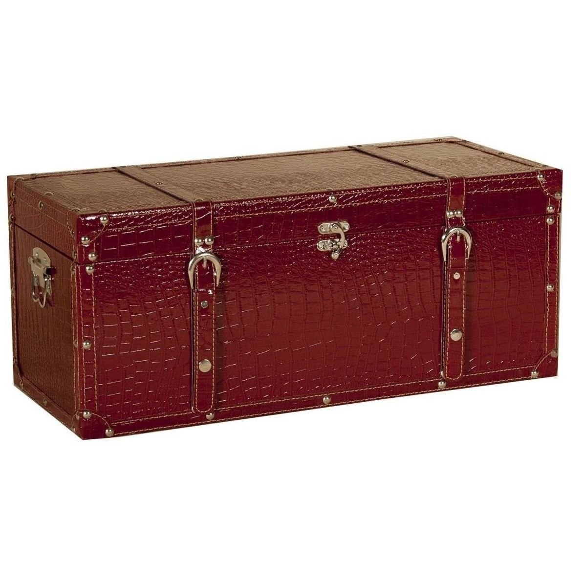 Ba l de madera de cuero rojo ba l de madera - Como decorar un baul de madera ...